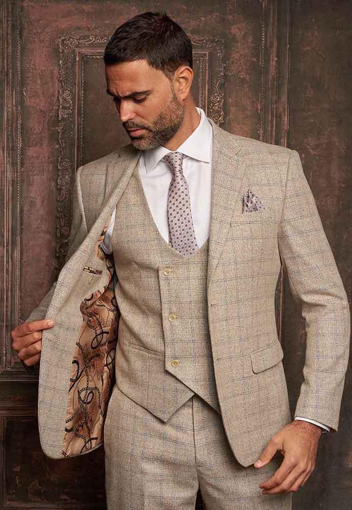 Beige check 3-piece suit